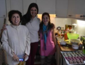 Olivia y Elena le preguntan a Carolina García por su excelente labor en la cocina